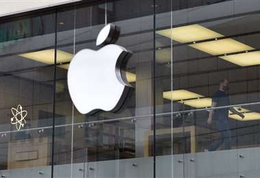 Por cada dispositivo defectuoso, Apple otorgará una compensación. Foto: AFP